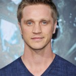 Devon Sawa is Going To Be a Dad