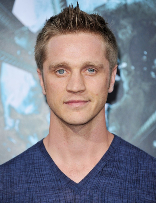 devon-sawa-to-be-a-dad_1000