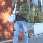 Drew Barrymore: Saturday Morning Prenatal Yoga
