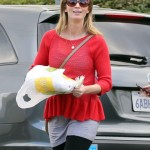 Emily Blunt Sports Casual Maternity Style