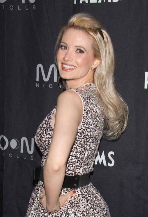 Holly Madison Celebrates Birthday At Moon Nightclub