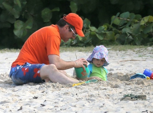 Exclusive... Robert Downey Jr. & Family Enjoying A Day On The Beach In St. Barts ***SEE RESTRICTIONS***