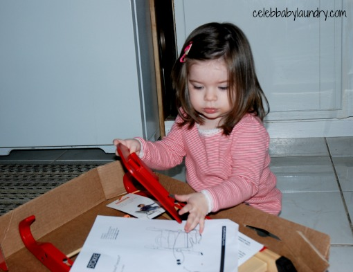 Stokke Handysitt: A Portable Seat #HolidayGiftGuide #Review