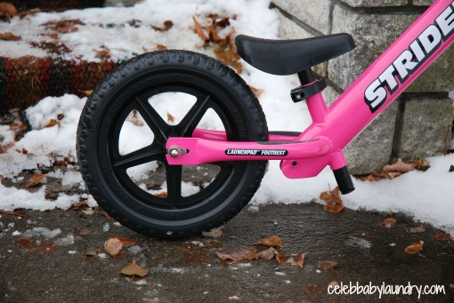 Strider Balance Bike: Life's More Fun on Two Wheels #HolidayGiftGuide #Review