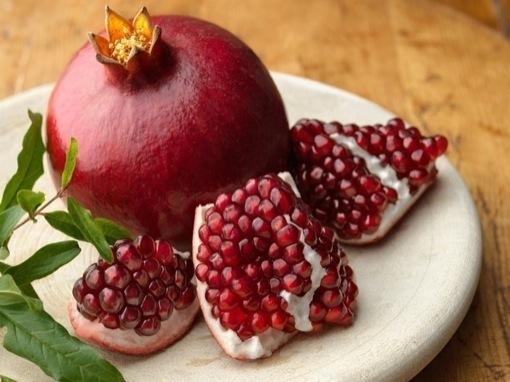 the-amazing-health-benefits-of-pomegranate1