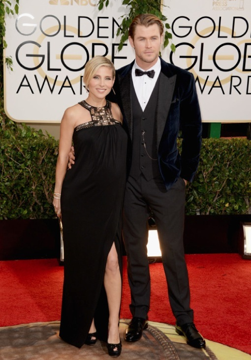 Parents-To-Be Chris Hemsworth & Elsa Pataky Walk the Golden Globes Red Carpet