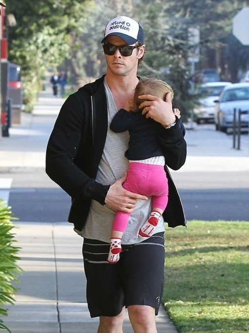 Chris Hemsworth & Elsa Pataky Take India To The Doctor ...