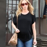 Emily Blunt: Pregnant Pampering Day at the Salon