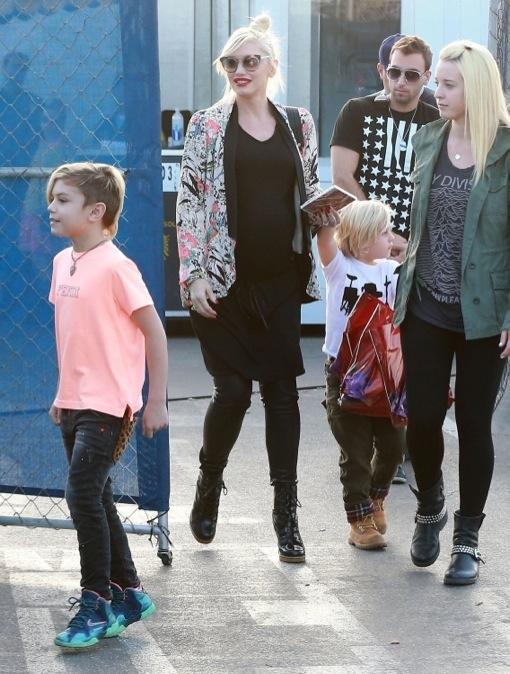 Pregnant Gwen Stefani & Family Attend The Cirque Du Soleil Totem Show