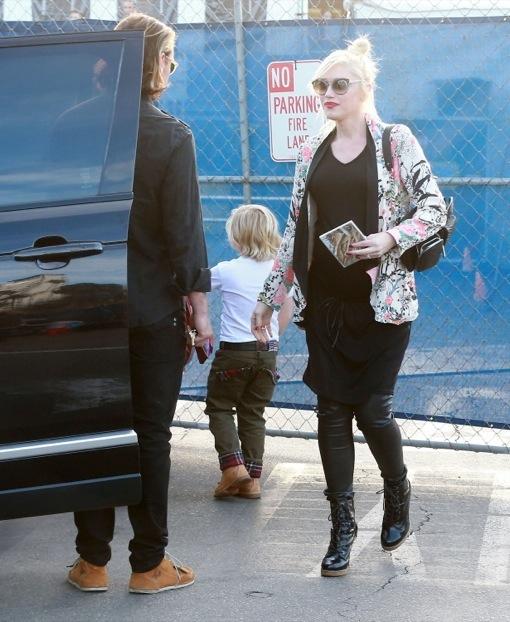 Gwen Stefani & Family Attend Cirque Du Soleil Performance