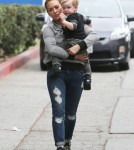 Hilary Duff Shops At A Hollywood Flea Market