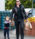 Robin Thicke Shops At Bristol Farms With His Son