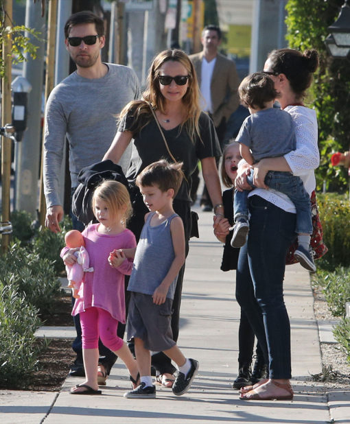 Tobey Maguire & Family Out For Lunch In West Hollywood