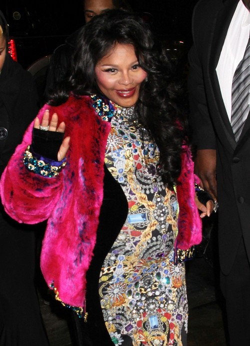 Lil' Kim Pregnant With Her First Child: Debuts Big Baby Bump