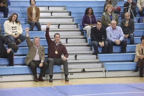 "Modern Family Recap For February 26th, 2014: Season 5 Episode 15 ""The Feud"" #ModernFamily"