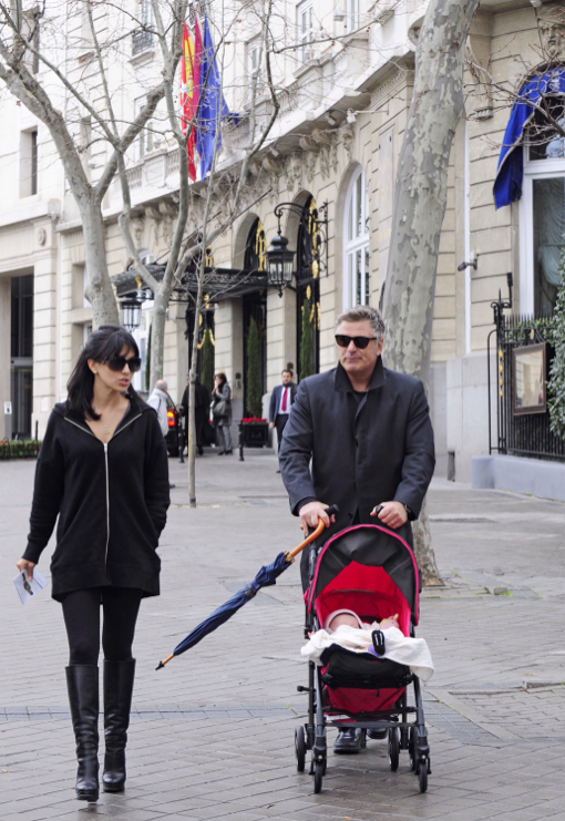 Alec Baldwin & Family Go Sightseeing in Madrid