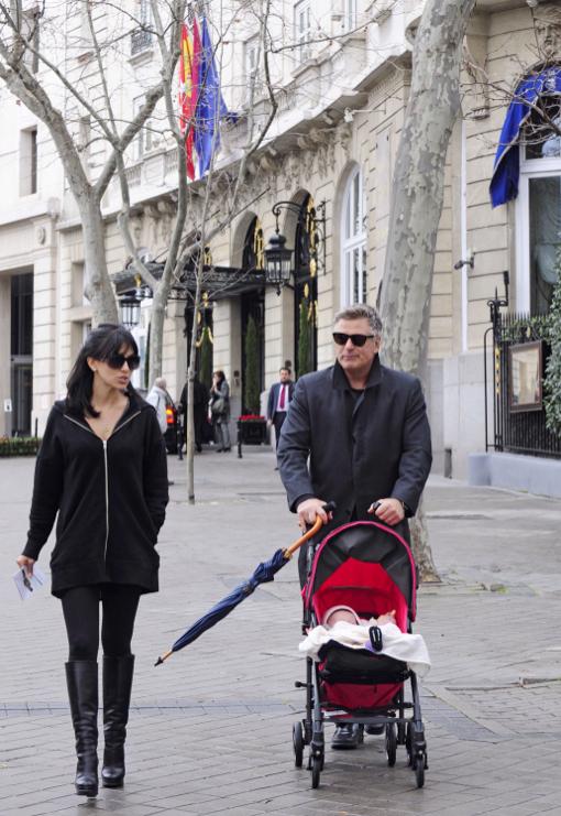 Alec Baldwin & Family Go Sightseeing in Madrid
