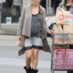 Pregnant Elsa Pataky Sports Boho Chic Maternity Style