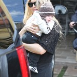 Fergie Takes Axl to Watch the Super Bowl at her Mom's House