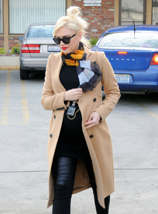Pregnant Gwen Stefani Looks Stylish as Usual on Day Out