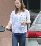 Pregnant Olivia Wilde Stops For Coffee