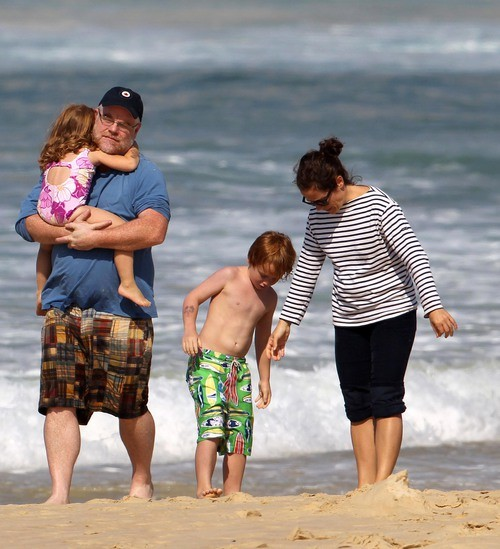 EXCLUSIVE: Philip Seymour Hoffman & Family Have A Fun Day At Bondi Beach (USA ONLY)