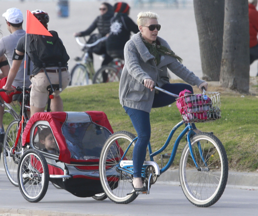Pink Takes Willow Out For A Bike Ride With Friends