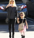 Sarah Michelle Gellar Takes Her Daughter To Ballet Class