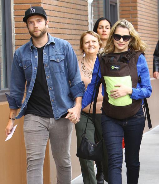 Mark Webber & Teresa Palmer Go Shopping With Baby Bohdi