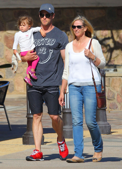 Exclusive... Chris Hemsworth & Family Out Shopping In Malibu