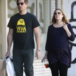 Pregnant Drew Barrymore Goes Shopping