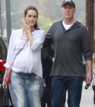 Exclusive... Bruce Willis & Pregnant Emma Run Errands