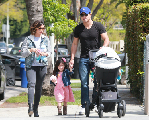 Mario Lopez Spends The Day Shopping With Family