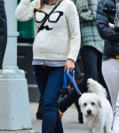 Pregnant Olivia Wilde Out For Lunch In New York City