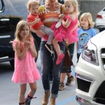 Tori Spelling Takes her Children to Ballet