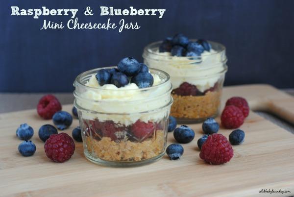 Raspberry-blueberry-MiniCheesecakeJars