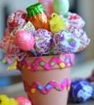 Easter Lollipop Pot - Looking for a fun alternative to the traditional gift Basket this Easter holiday? Try making this cute lollipop pot. Just as festive as the traditional Easter basket, the pot is a perfect for kids and can also act as a decoration. After all the candies are gone, reuse the pot to plant small herb for the kitchen