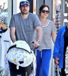 Jason Biggs Takes His Family To Lunch