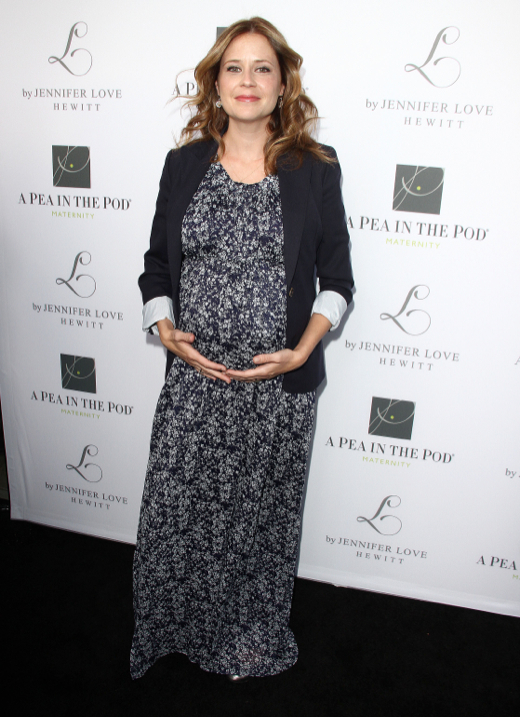 Heavily Pregnant Jenna Fischer Cups Her Baby Bump
