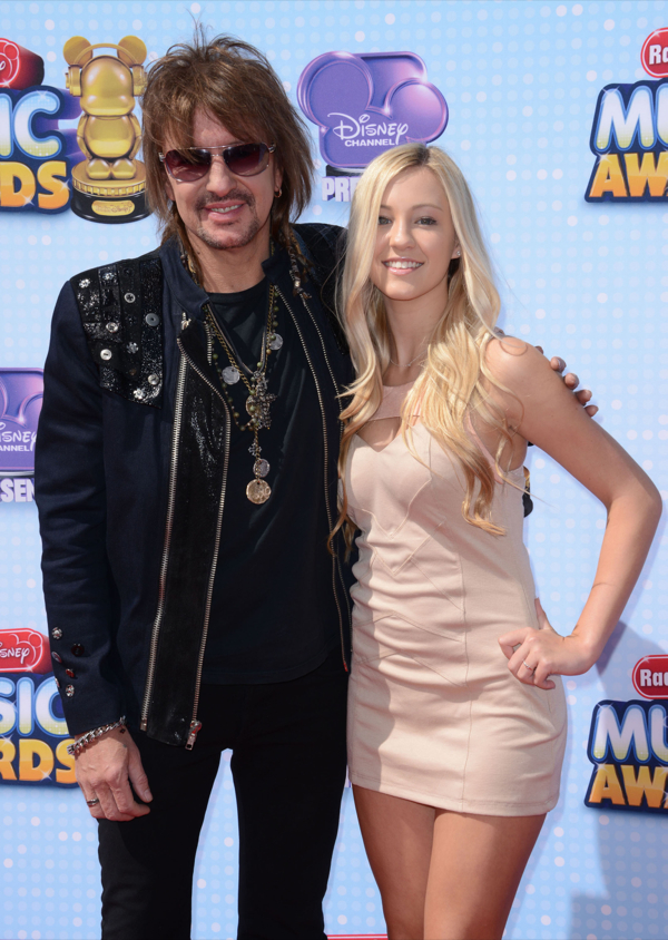 Disney Channel Presents 2014 Radio Disney Music Awards