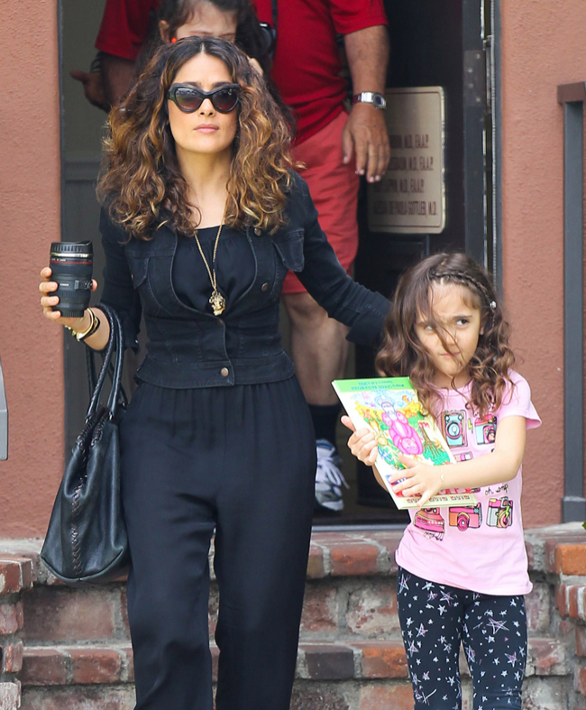 Salma Hayek: Mommy Duties With Valentina | Celeb Baby Laundry