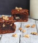 walnut-brownie-featured_1000