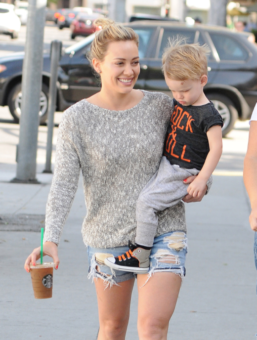 Hilary Duff Takes Luca To Starbucks