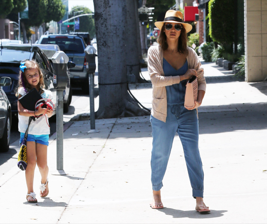 Jessica Alba & Haven Visit The Salon