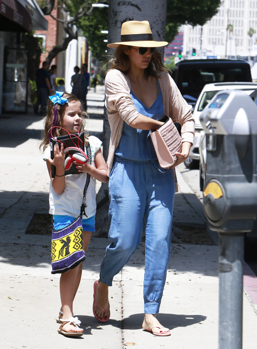 Jessica Alba & Haven: Mother-Daughter Pampering
