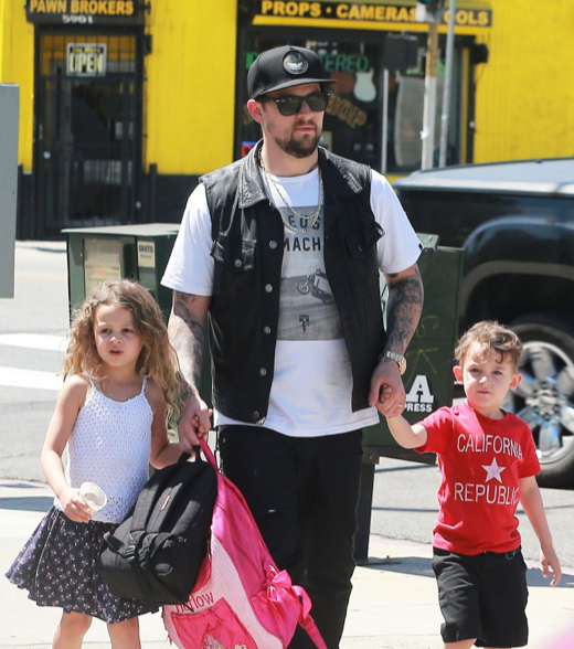 Joel Madden Enjoys a Lunch Date With Harlow & Sparrow