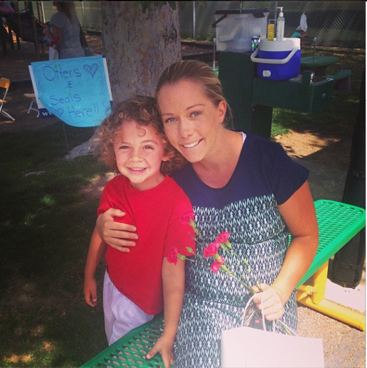 Kendra Wilkinson: Mother's Day Tea Party With Hank Jr
