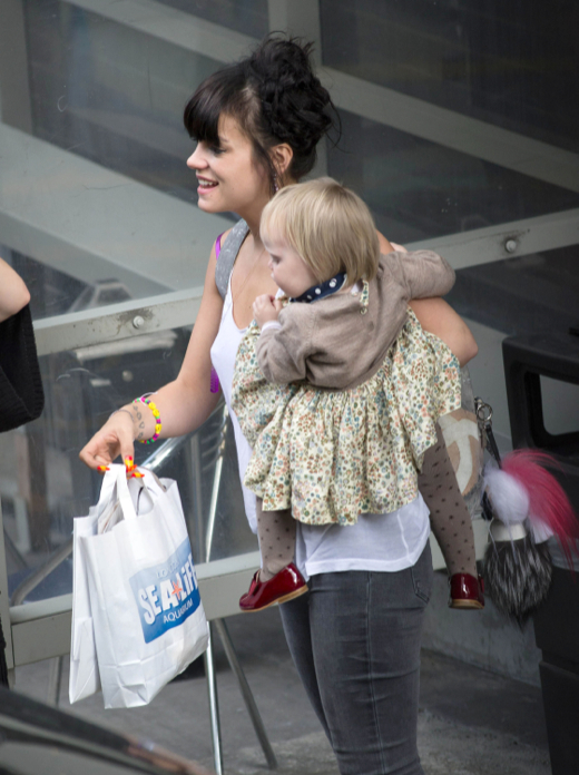 Lily Allen Takes Marnie to Television Appearance in London