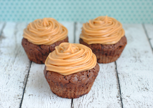 Chocolate Nutella Cupcakes & Peanut Butter Frosting