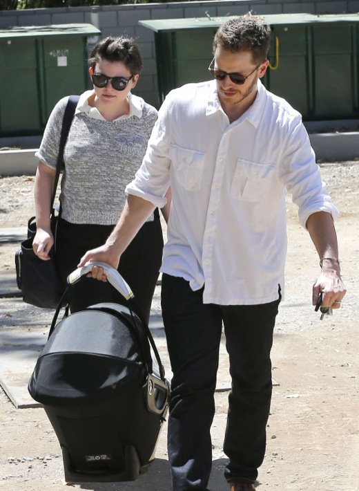 Ginnifer Goodwin & Josh Dallas Take Oliver To A Birthday Party